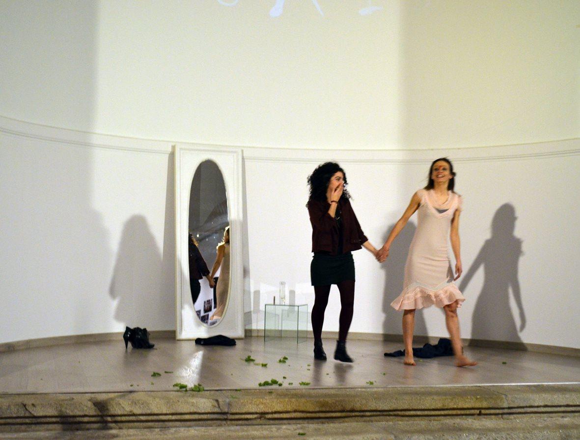 """Cristina Sánchez y María Díaz, autoras de la obra de Danza """"Estado Liminal"""""""