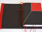 Detalle del cuaderno de notas que acompaña la obra.